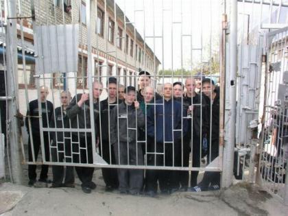 请世人微笑对待出狱犯人