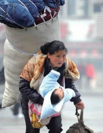 你只有一个妈妈,需要你感激她,爱她。.jpg